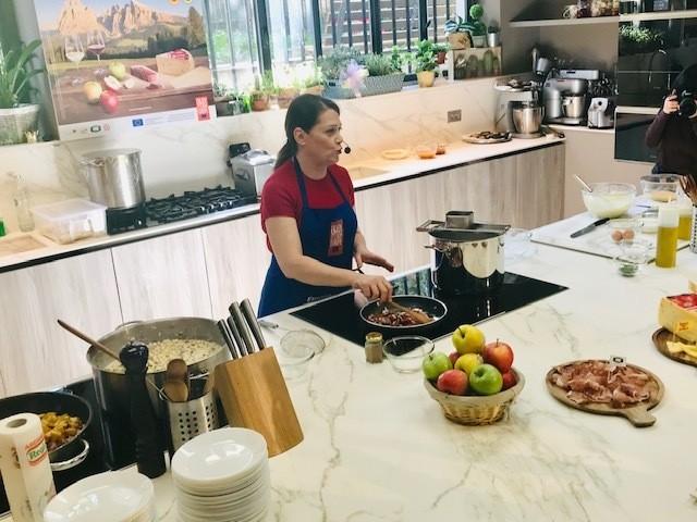 Sonia Peronaci show cooking