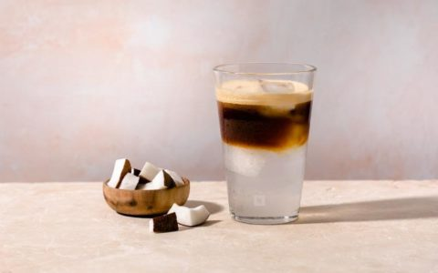 nespresso-recipes-Long-Black-Over-Ice-OL